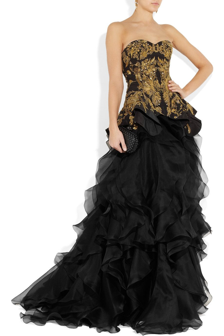 for jsut 30,000 i can i have BOOtiful dress! ;)  how i do love me some Alexander mcqueen