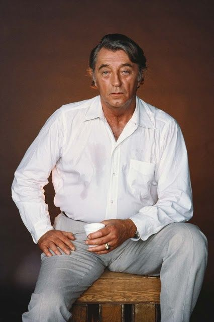 robert mitchum i classic hollywood famous in 2018. Black Bedroom Furniture Sets. Home Design Ideas