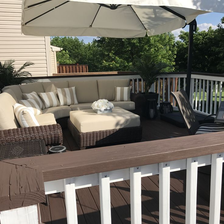Deck Designs Home Depot: Behr Padre Brown Deck Paint With Ultra White Railings