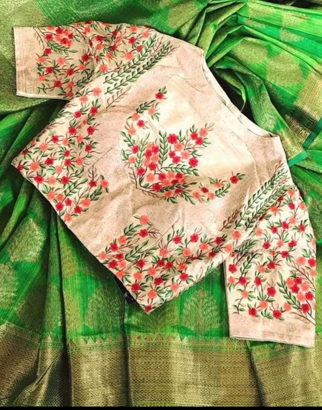 Pin by kavetha on blouse design pinterest blouse designs saree