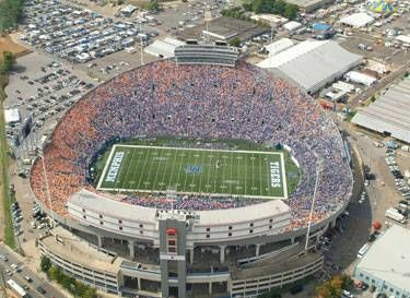 University Of Memphis Tigers Liberty Bowl Memorial Stadium Originally Memphis Memorial Stadium Is A Football Memphis Tigers Football Memphis Tigers Memphis