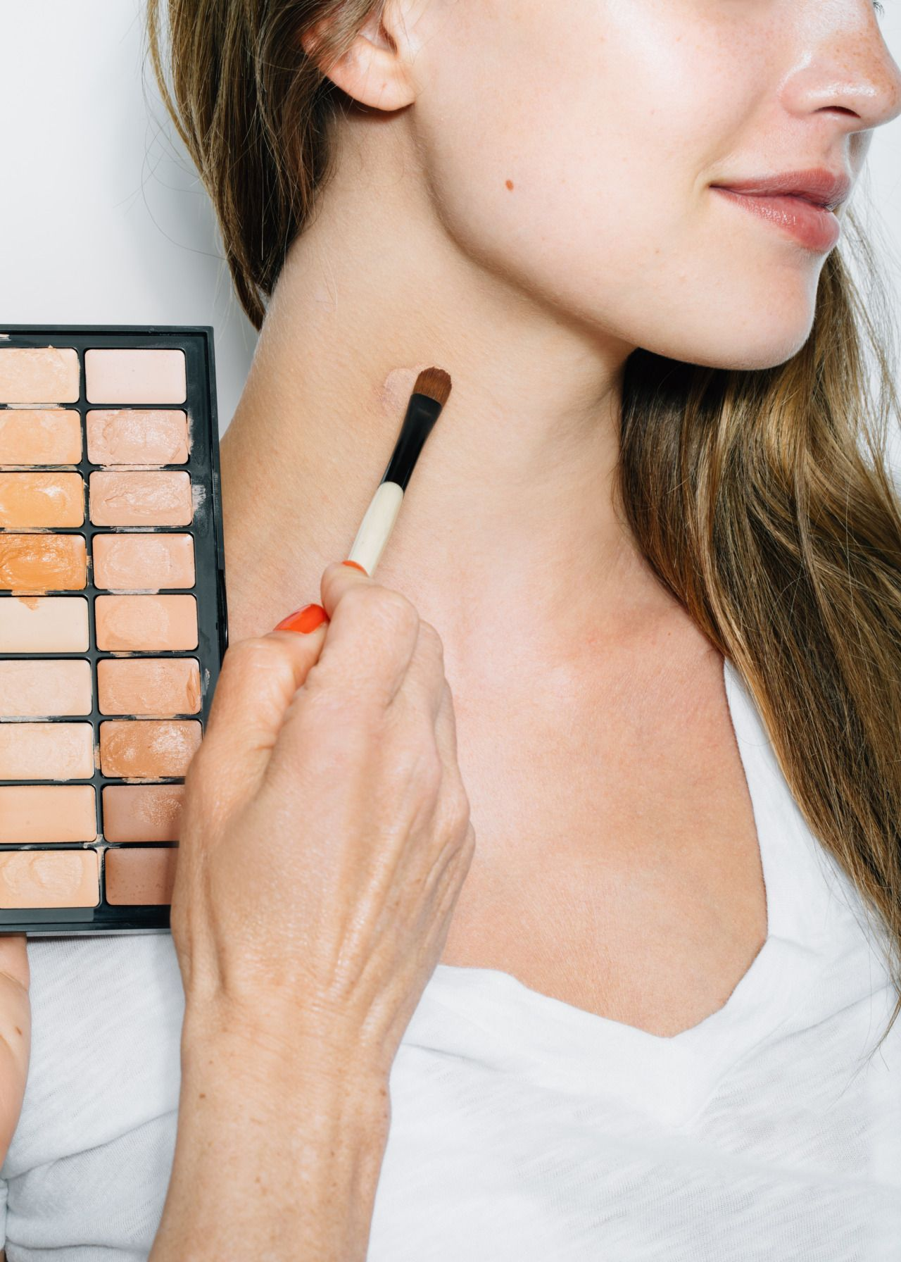 How to Really Cover a Hickey Bruises makeup, Makeup
