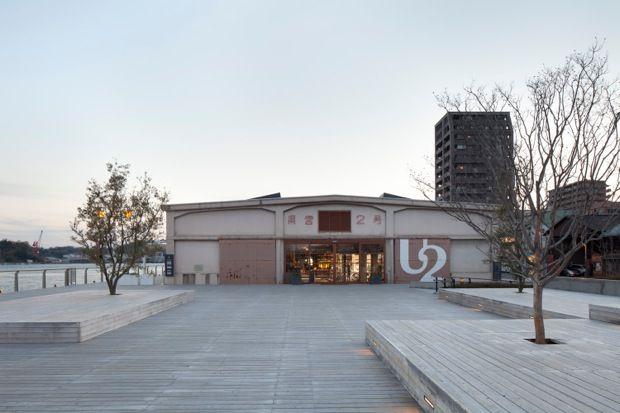 この海道の始まりとなる広島県尾道市に サイクリストのための複合施設 Onomichi U2 オノミチ ユーツー が先月オープンしました 海沿いの広大な敷地に ホテル サイクルショップ Bar レストラン ベーカリー コーヒーショップ さらに食品やアパレルなどのショップ
