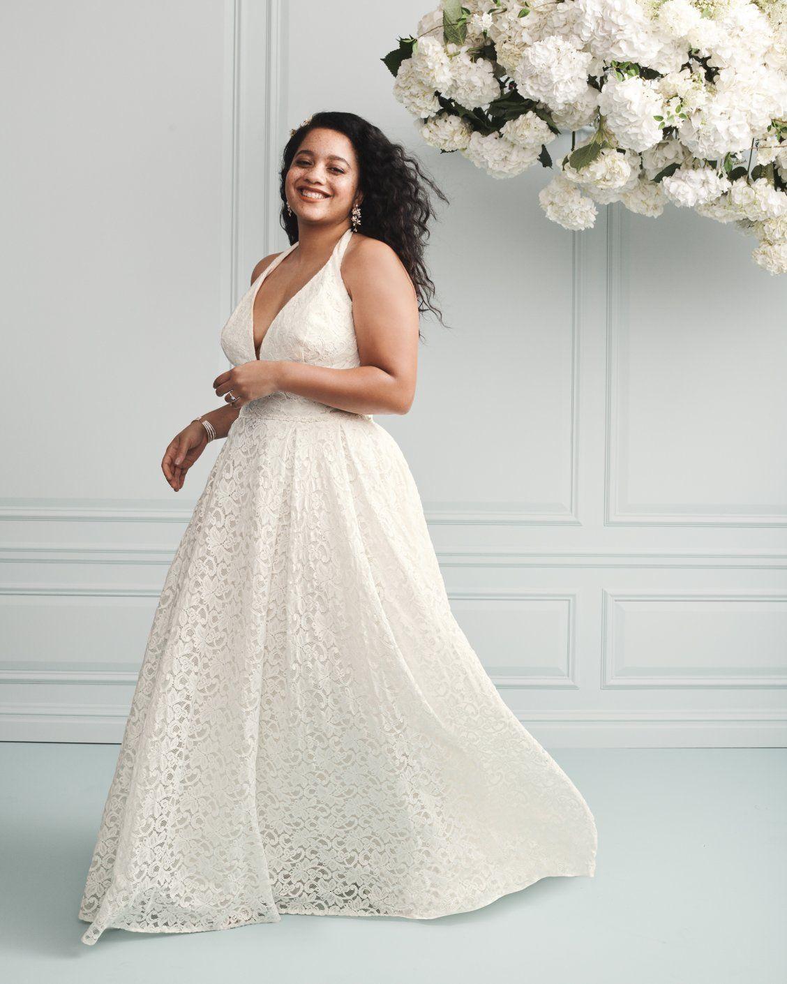 Plunging Lace Halter Plus Size Wedding Dress David S Bridal Davids Bridal Wedding Dresses Plus Size Wedding Wedding Dresses [ 1410 x 1128 Pixel ]