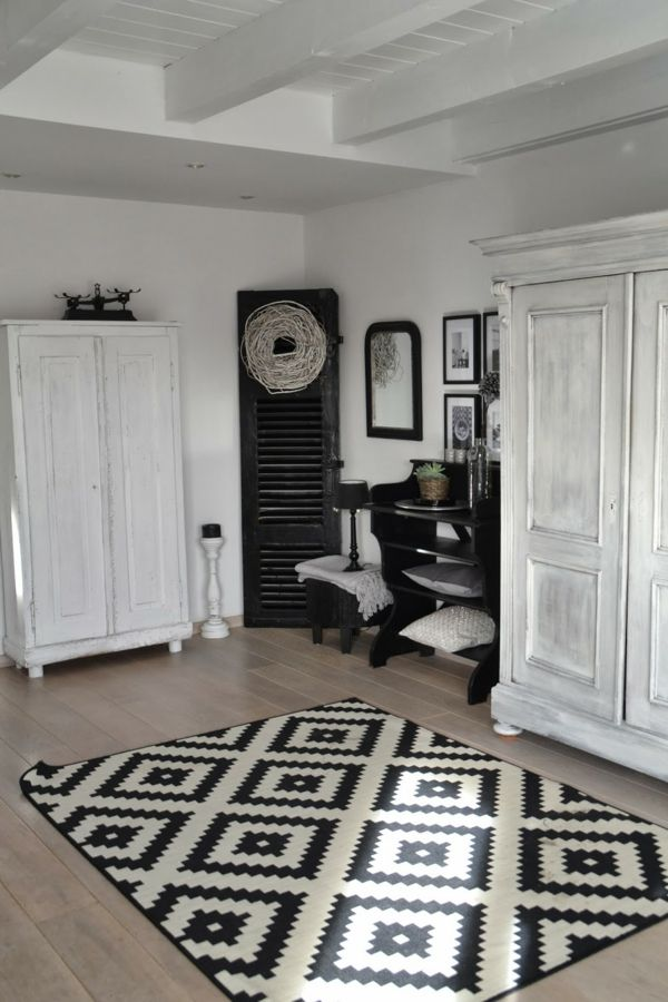 Dekoration wohnung modern  wohnung modern dekorieren - weiße schränke teppich bilder an der ...