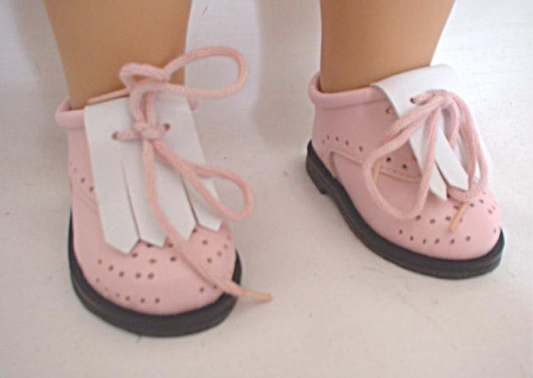 Golf Shoes /