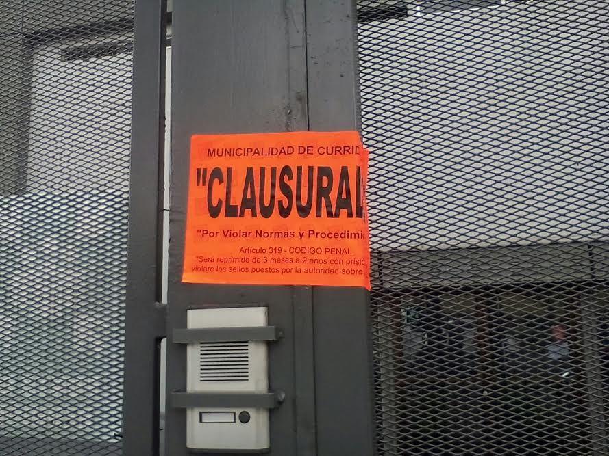Vecinos de Curridabat molestos por instalación de crematorio