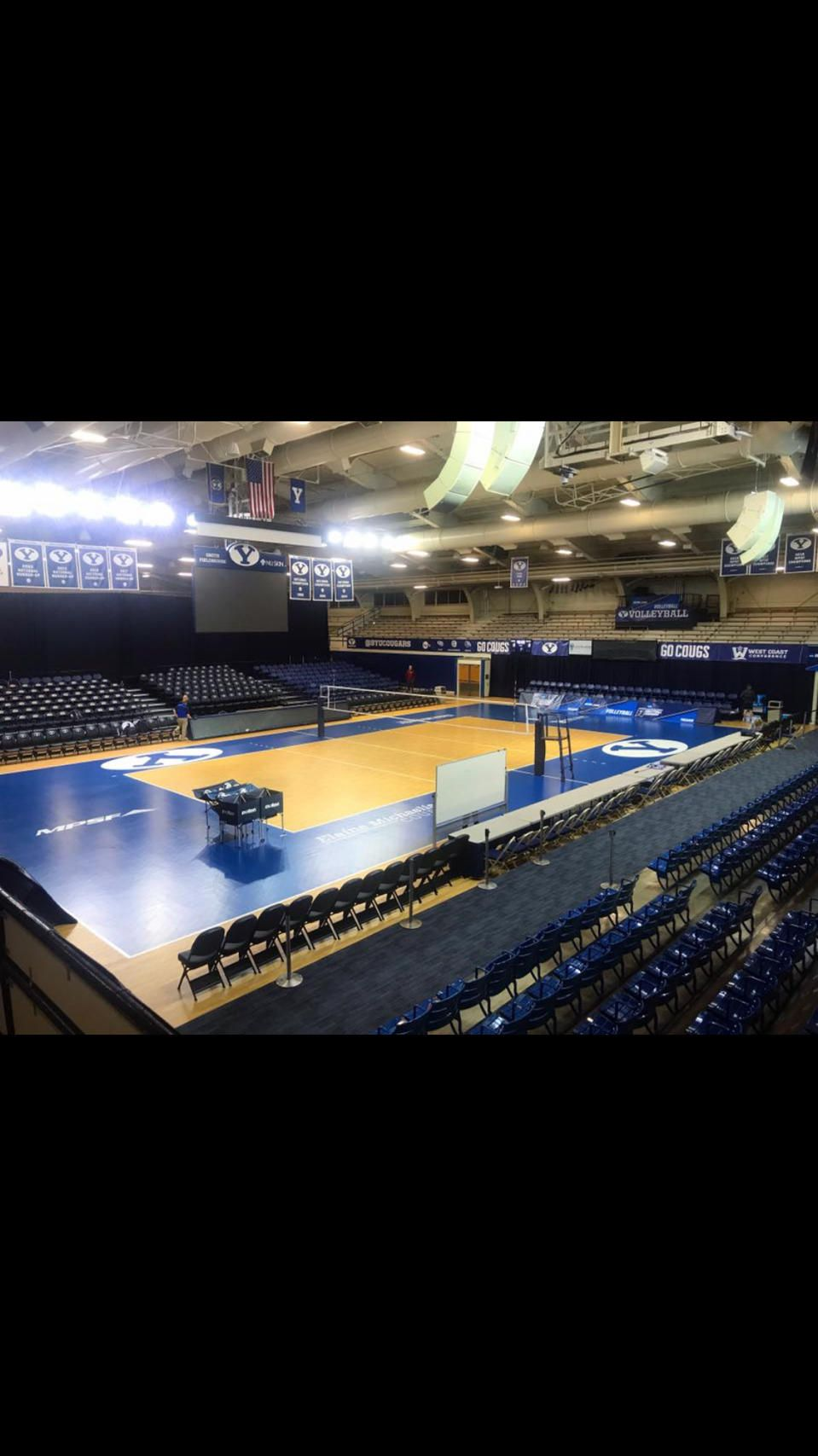 Byu Women Volleyball Team Won Every Match They Played On Their Taraflex Home Court In Smith Fieldhouse Women Volleyball Volleyball Team Sport Court