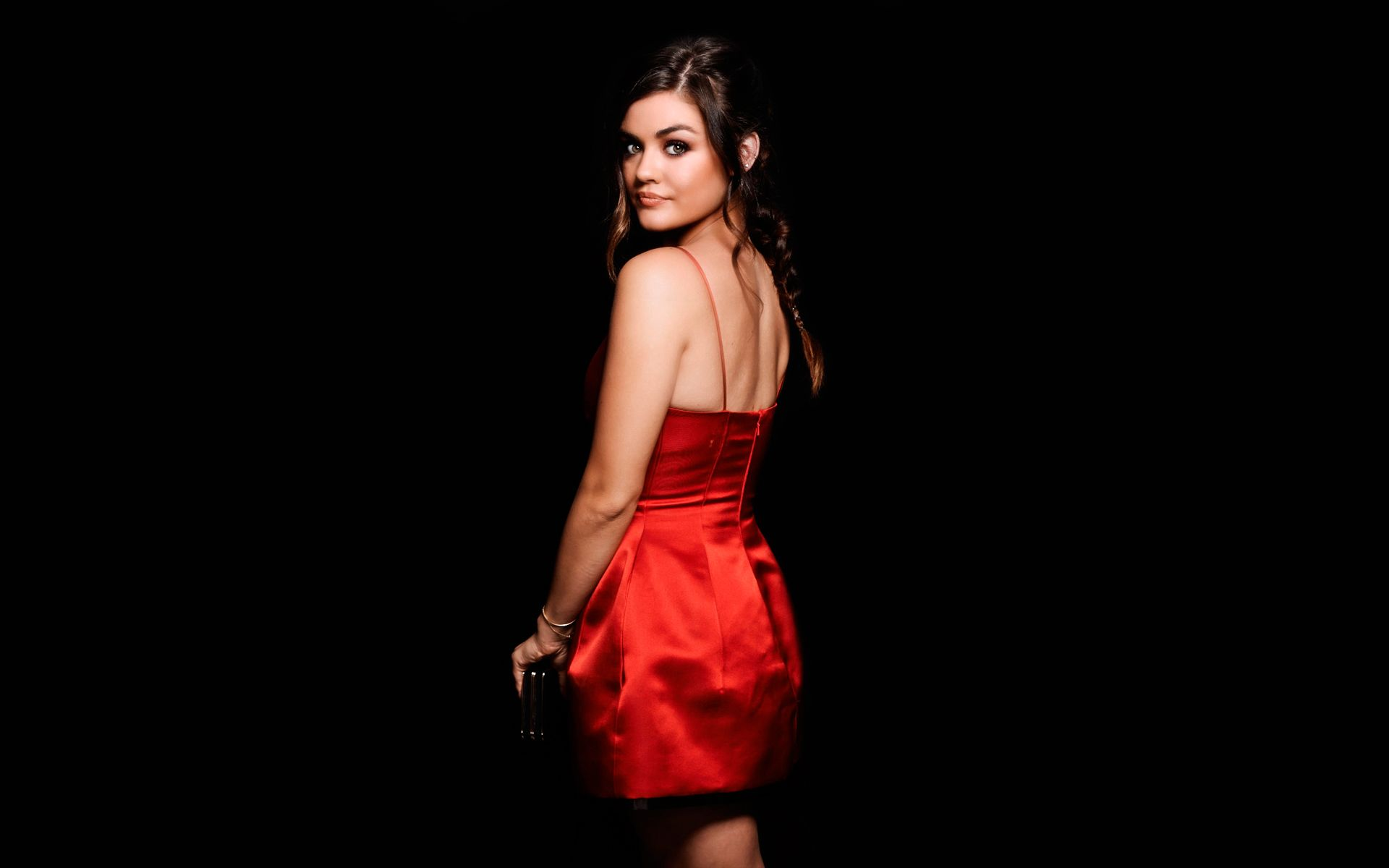 Lucy Hale An American Actress And A Country Singer Sizzling