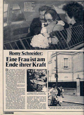 Mort Du Fils De Romy Schneider : schneider, Justyna, Talik, Enfants, Schneider,, Wunderschöne, Frau,, Blatt