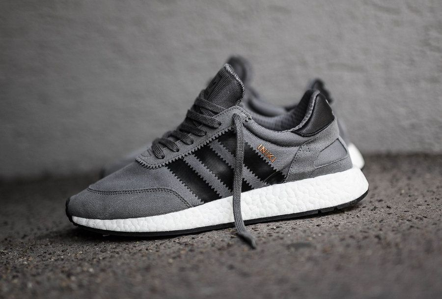 Adidas Iniki Runner Boost Grise 'Grey Four' (homme) : notre