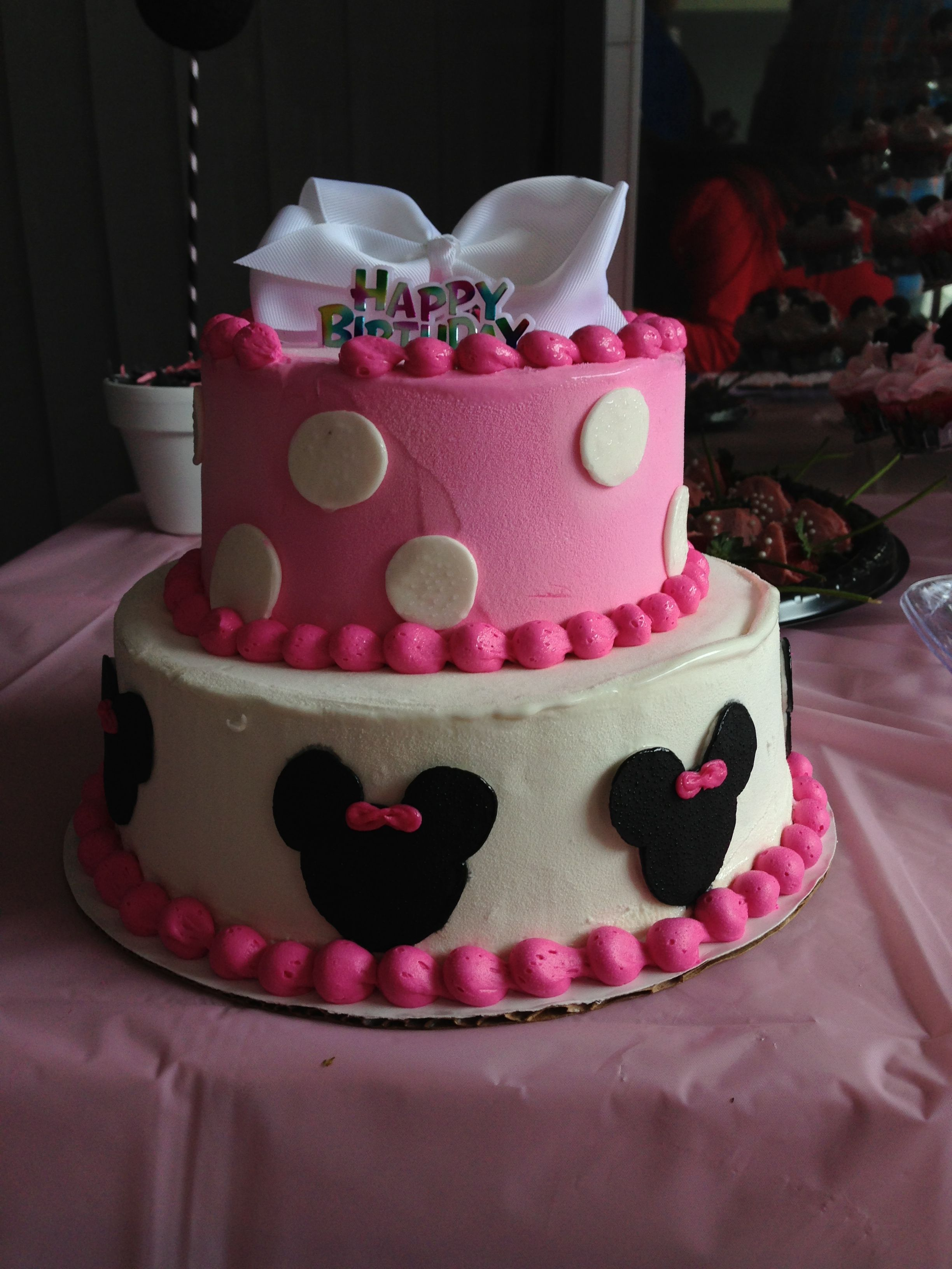 minnie mouse birthday party ideas minnie mouse ice cream cake from
