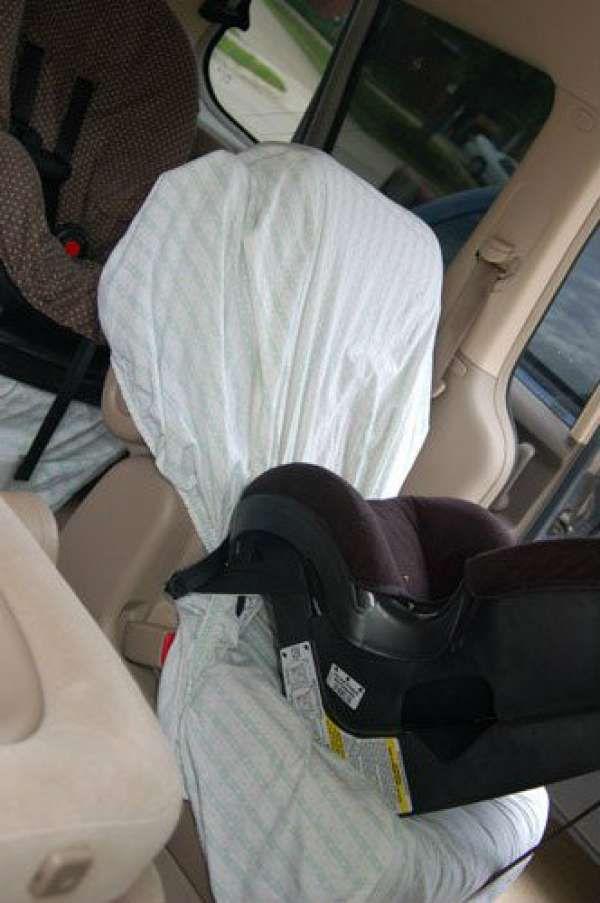 14 astuces de parents pour pr parer un long trajet en voiture avec les enfants astuces voiture. Black Bedroom Furniture Sets. Home Design Ideas