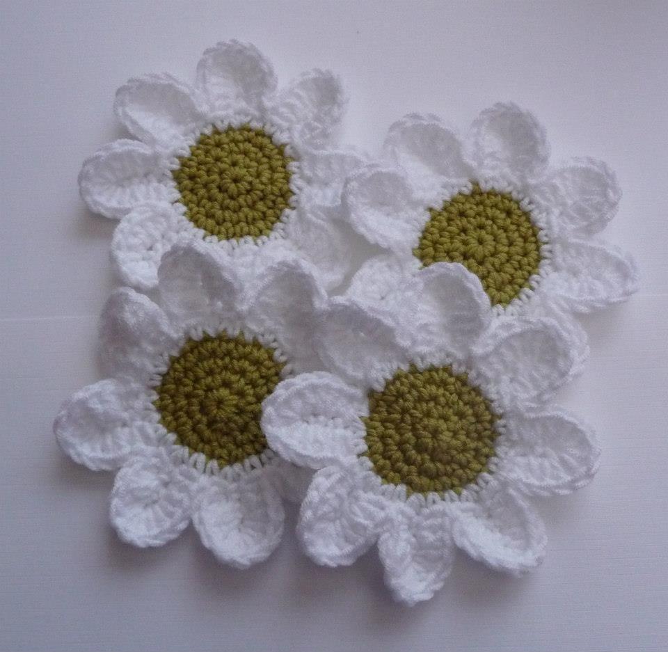 Free Crochet Daisy Coaster Pattern : Crochet Daisy Coaster crochet Pinterest