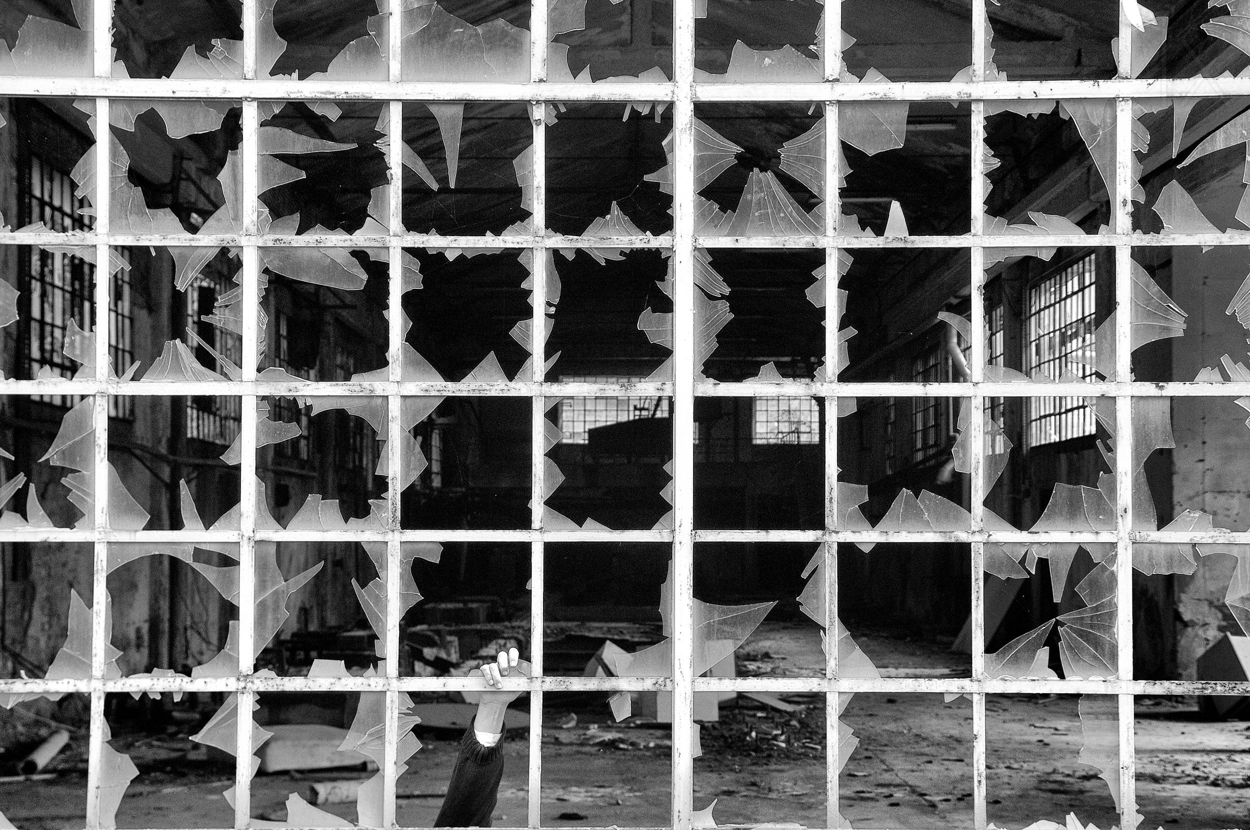 1X - Help by Carlo Ferrara