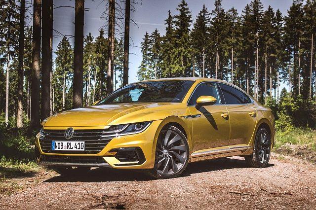 Noul Volkswagen Arteon Disponibil In Curand In Romania Volkswagen Volkswagen Passat Car Design