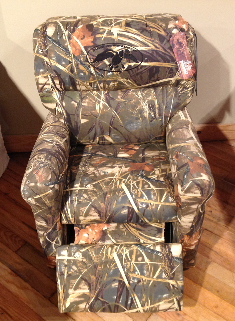 Duck Dynasty Furniture For You And Your Kids A Kid Sized Recliner