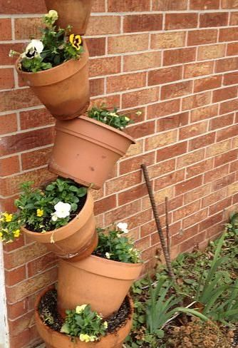 Clay Pots On A Tilt Clay Pots Clay Outdoor Projects