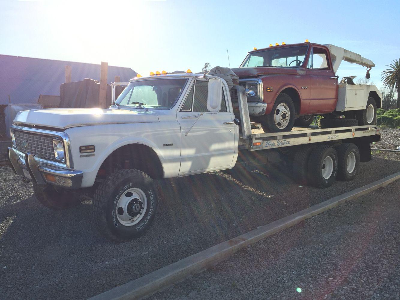 "1972 Chevy 6x4 ""Tractor Truck"" w/ 454 big block, haulin a 1972 C30 tow truck  w/ 350."