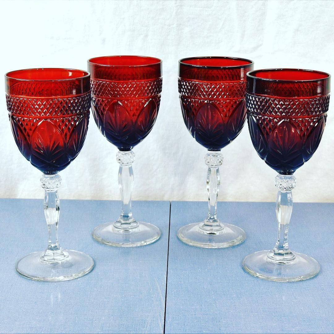 Beautiful Ruby Red Goblets Vintage Durand Crystal Water Glasses Available Now Vintage Decor Addict Free Shipp In 2020 Glassware Vintage Decor Mid Century Decor