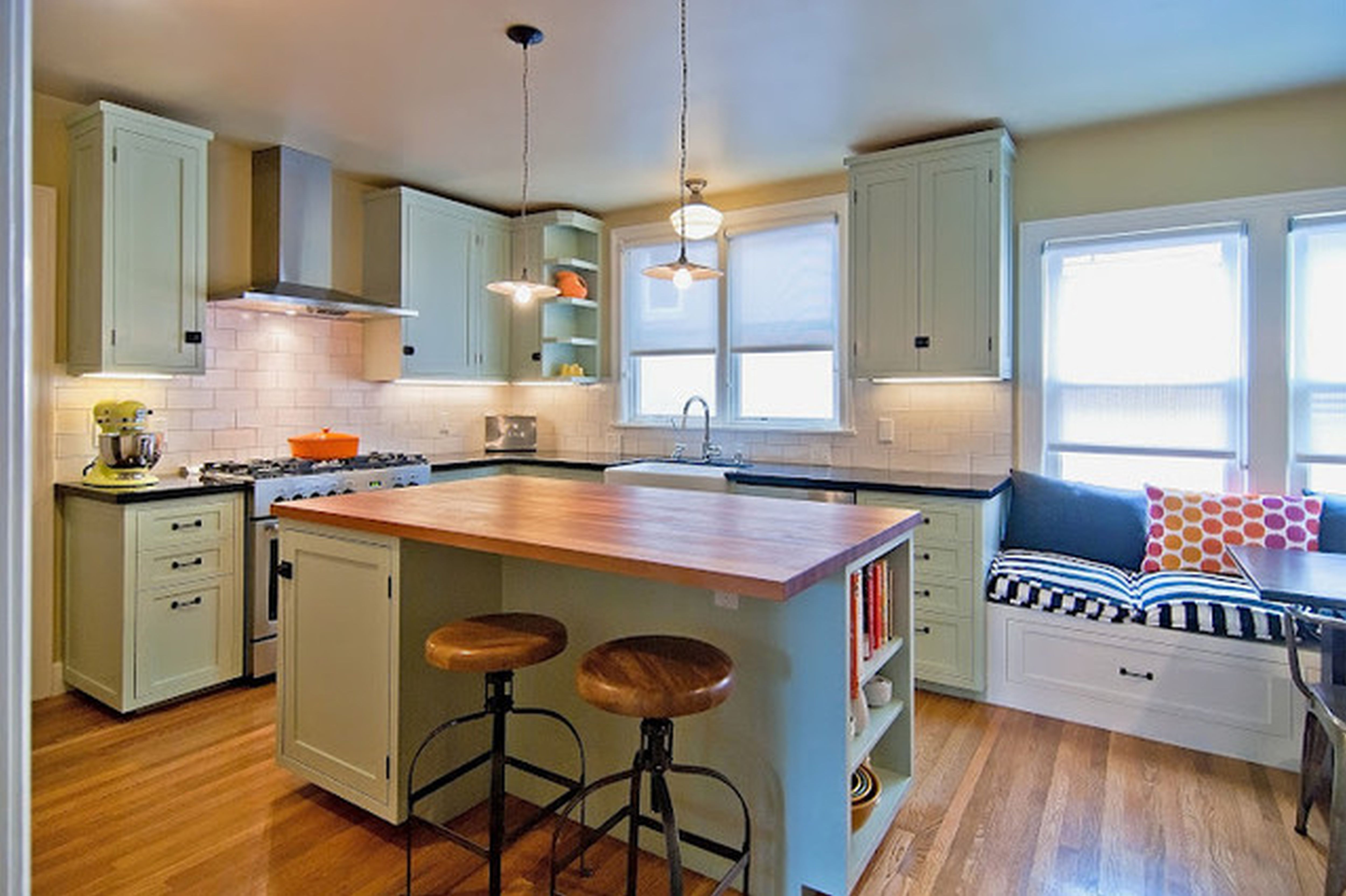 small functional kitchen | HOME - Kitchen & Pantry ...