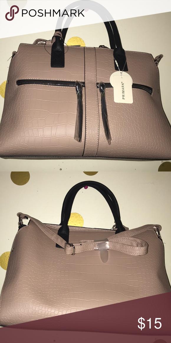 144c14027 Purse Tan and Black Faux Leather Purse Primark Bags Totes #pursesprimark  #blackhandbagsonline #leatherhandbagsonline