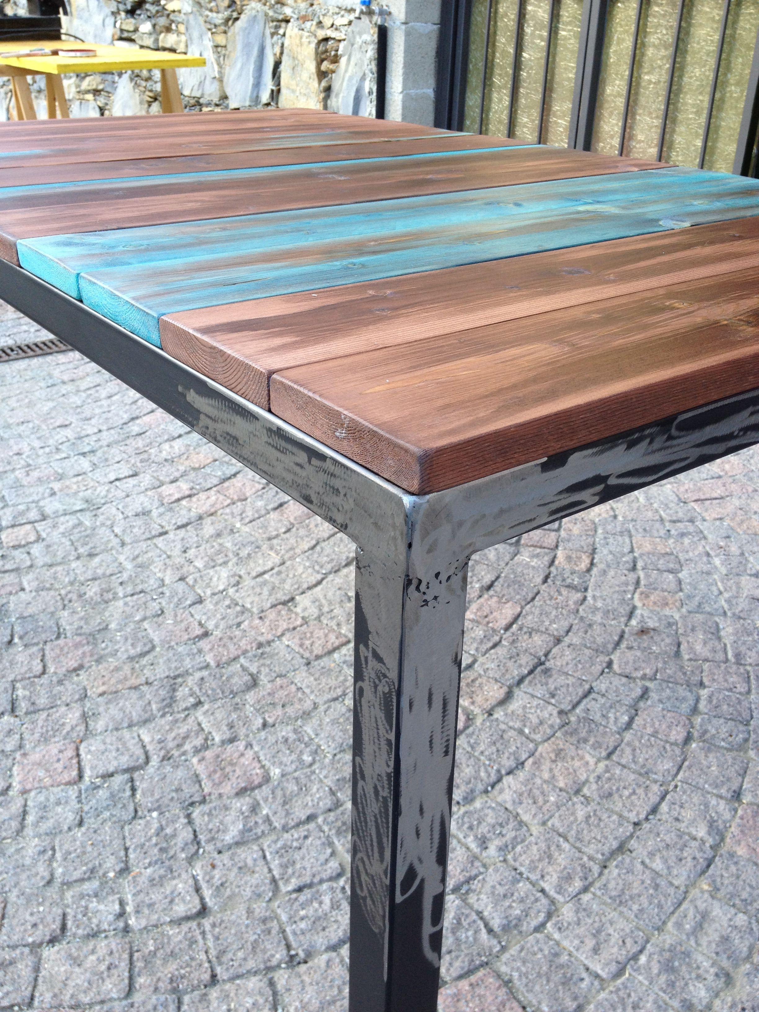 Tavolo realizzato su misura e con l\'utilizzo di materiali naturali ...