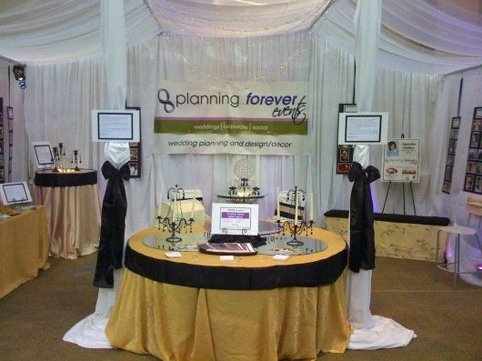 Bridal Show Booth Displays Img 0353 530x397 Working A Wedding Part