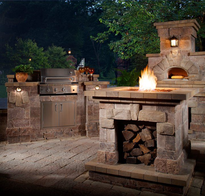 Awesome Outdoor Kitchen And Pizza Ovens LOVE IT!