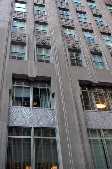 Art Déco - Gratte Ciel - 70 Pine Street (nommée aussi 60 Wall Street) - New York City - Clinton & Russell et Holton & George - 1930-32