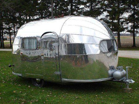 1959 Airstream Globester, look at that finish ...
