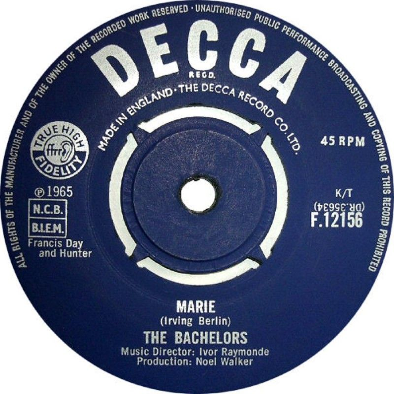 """7"""" 45RPM Marie/You Can Tell by The Bachelors from Decca"""