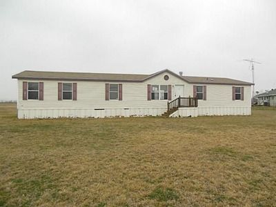 View 1 Photos Of This 4 Bed Bath 1920 Sqft Single Family Home Located At 4108 County Road Joshua TX 76058 That Sold On