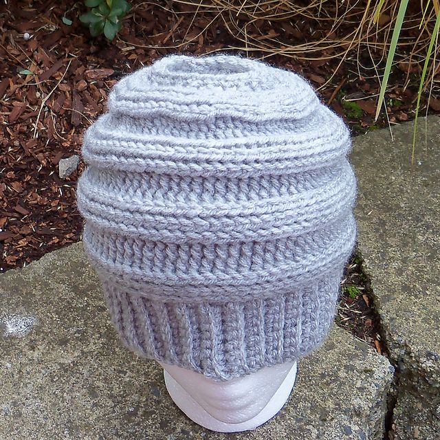 The Best Free Crochet Ponytail Hat Patterns (Messy Bun Beanies) On