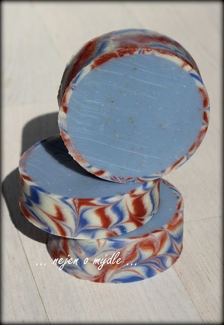 Hello, friends,     This is my third Soap Challenge Club and my first time   -         Doing rimmed round and square soap, spin...