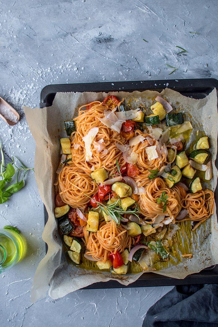 Photo of Pasta mit Ofengemüse: Schnelles Sommeressen ⋆ Knusperstübchen