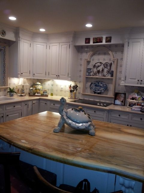 This renovated, downtown Huntsville kitchen has beautiful Italian marble as the focal point. You have to see it to believe it! Join us on August 26th, 2012. Purchase your tickets online at www.casamadisoncty.org.