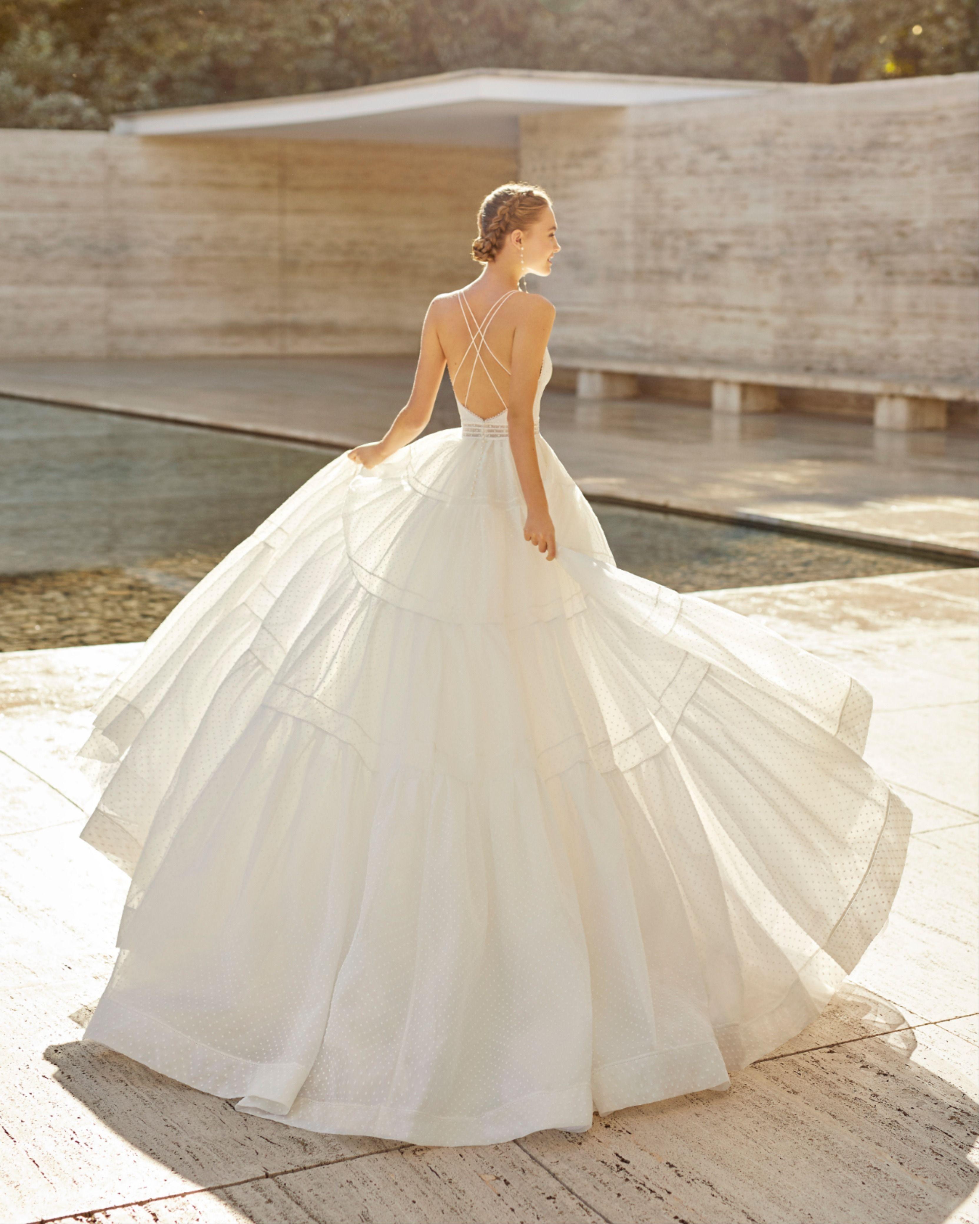 The Princess Style Wedding Dresses Fashion Gens [ 1024 x 942 Pixel ]