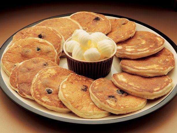 Sour Cream Blueberry Pancakes Recipe Bisquick Recipes Blueberry Pancakes Breakfast Brunch Recipes