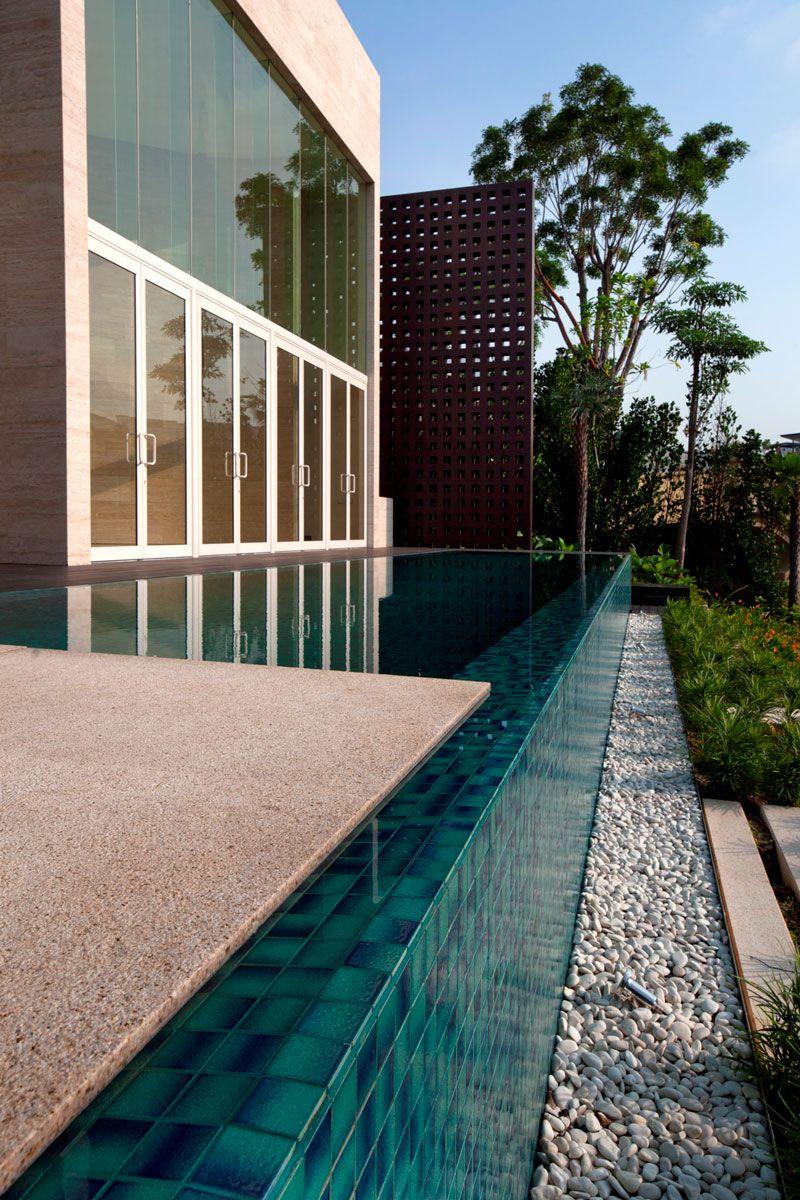 waterfront villas, sandy Island singapore