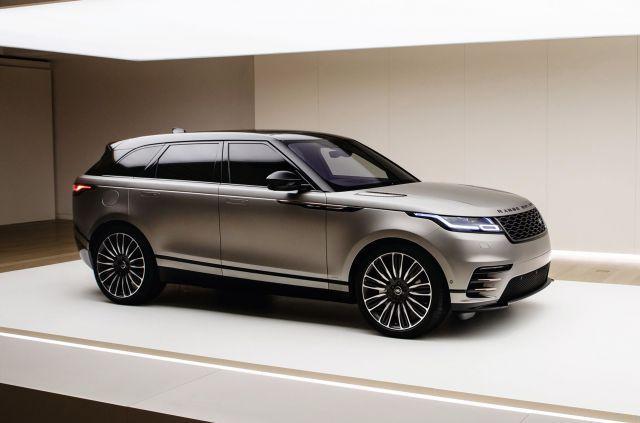2019 Range Rover Velar Svr Front Range Rover Range Rover Car Luxury Cars