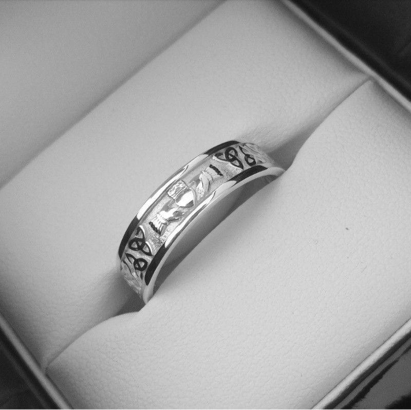 Modern Claddagh Wedding Band Handcrafted In Ireland By Jewelry Design Eileen Moylan Secure Worldwide Shipp Irish Wedding Rings Claddagh Wedding Irish Wedding