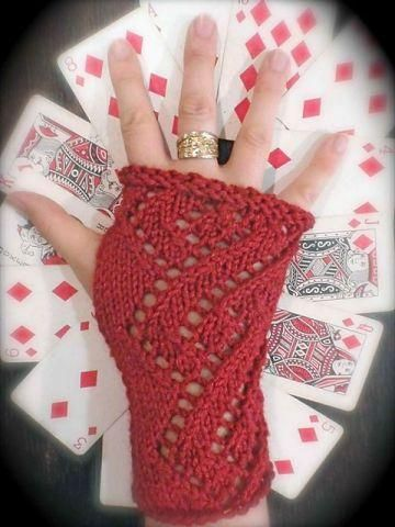 This Months Free Pattern Hand Warmers Knitting Pinterest Hand