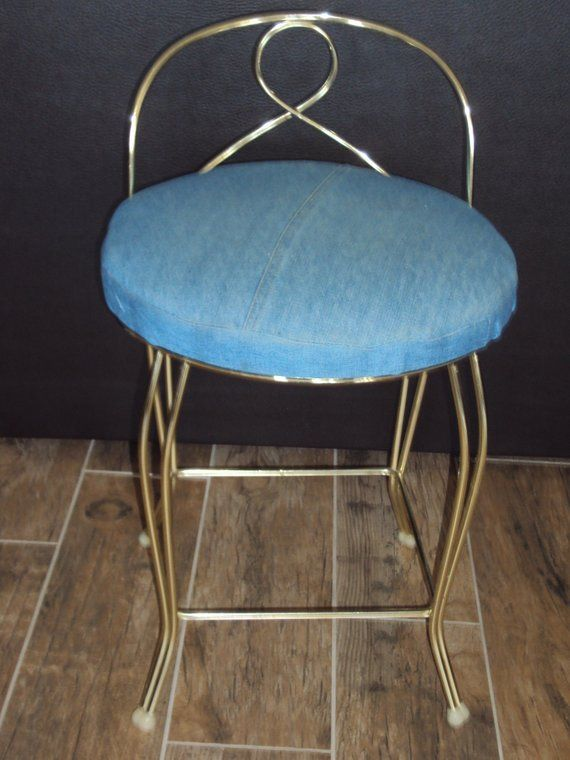 Admirable Mid Century Hollywood Regency Gold Tone Small Metal Vanity Short Links Chair Design For Home Short Linksinfo