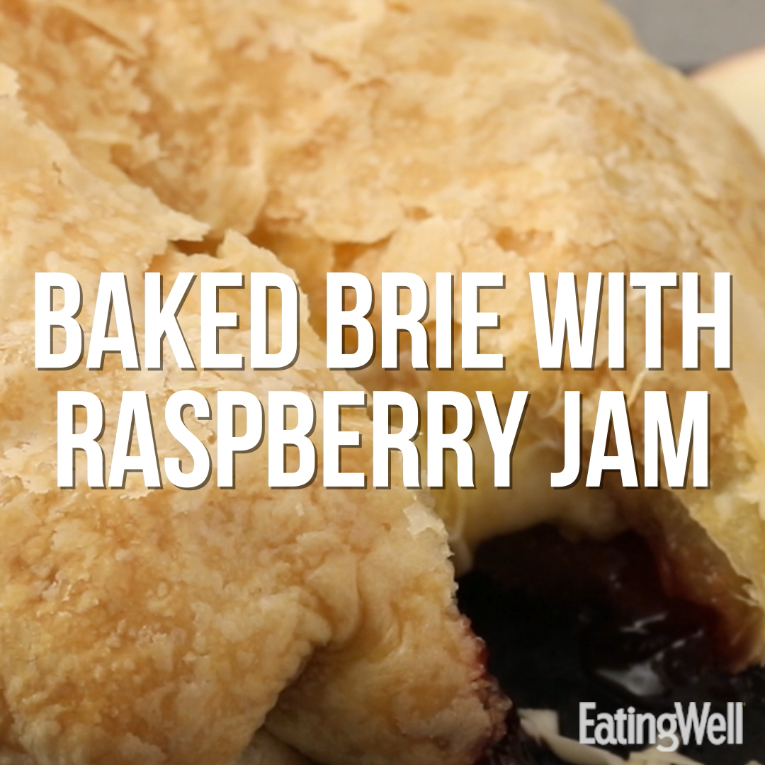 How to Make Baked Brie with Jam in Puff Pastry
