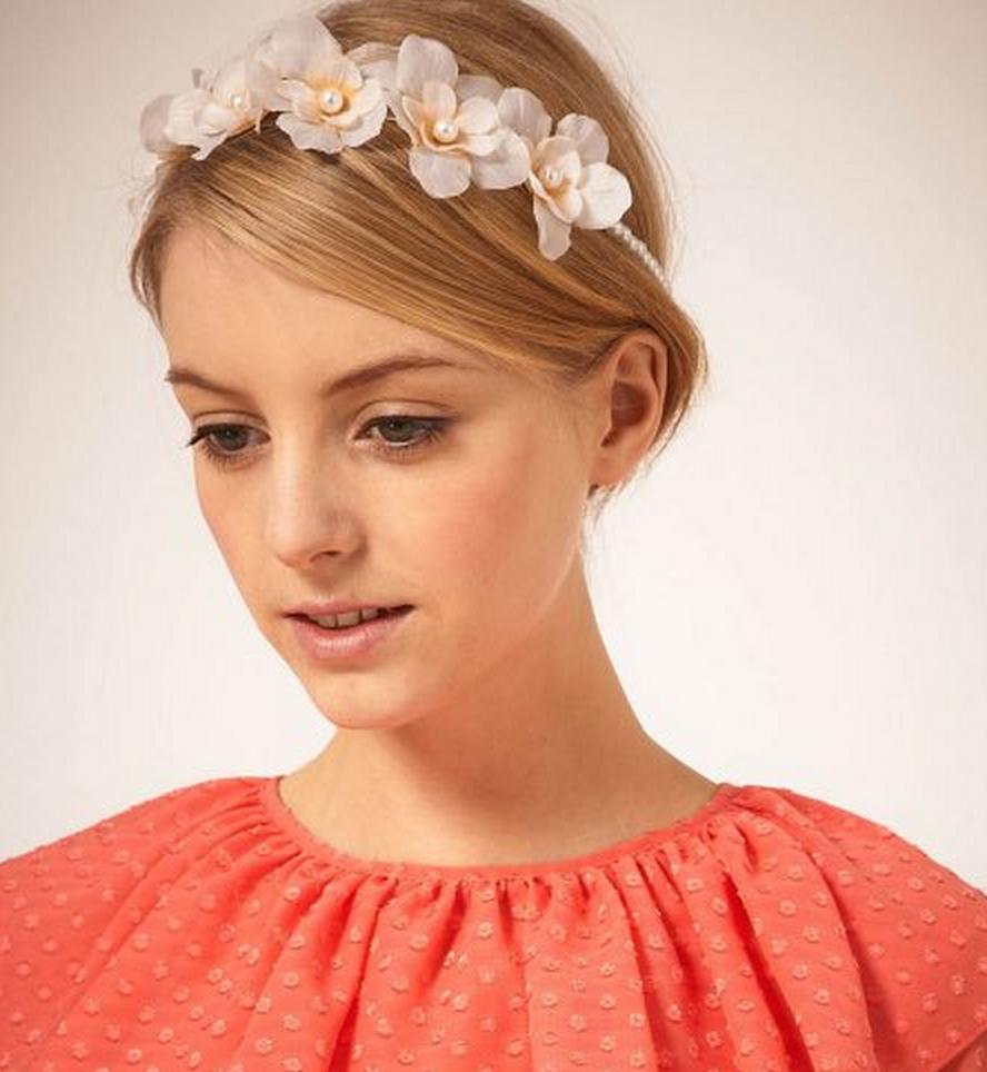 13 modèles de coiffures de mariage pour les invitées