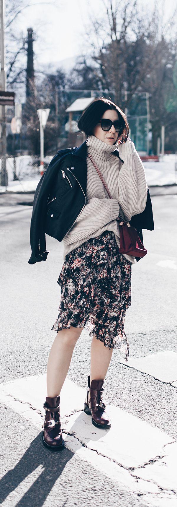 winter outfit mit rock lederjacke und strickpullover in. Black Bedroom Furniture Sets. Home Design Ideas