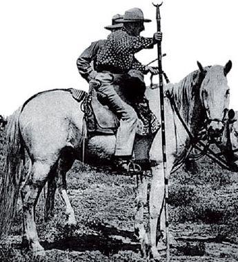 Les Gardians INDIENNE DE NIMES, vetements de Camargue, gardian et western    chemise, a9f19ef6f4f