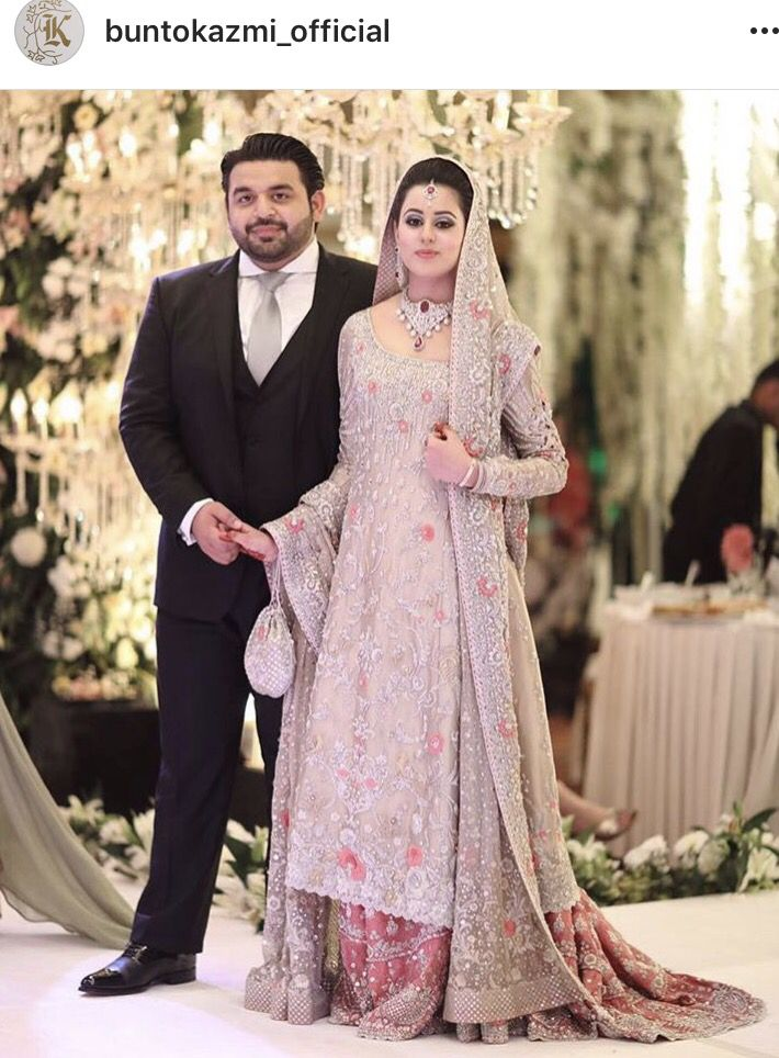 1d2ba1d4fb Love the classic farshi gharara by bunto kazmi | Pakistani Brides in ...