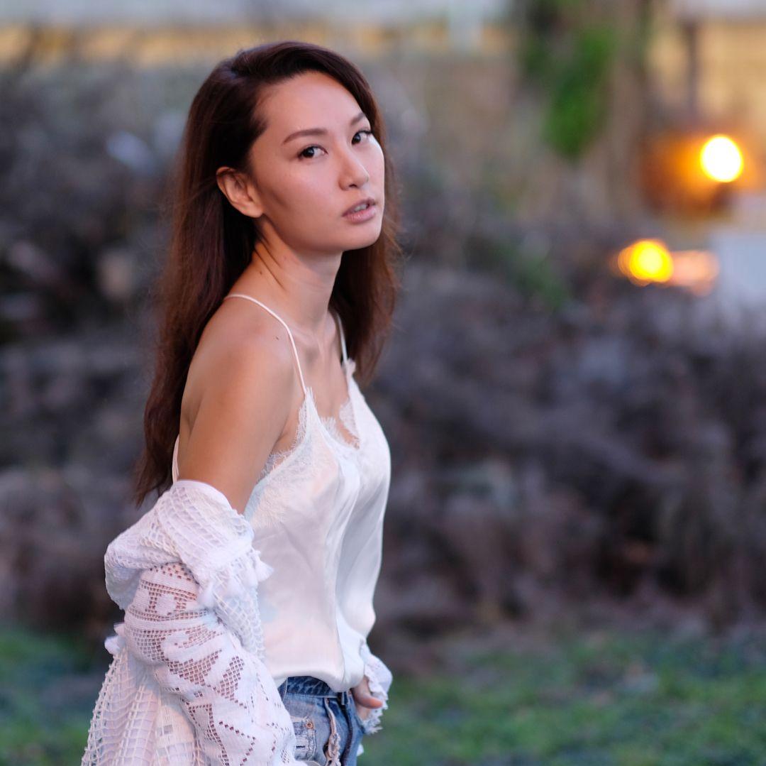 Kate Tsui Nude Photos 39